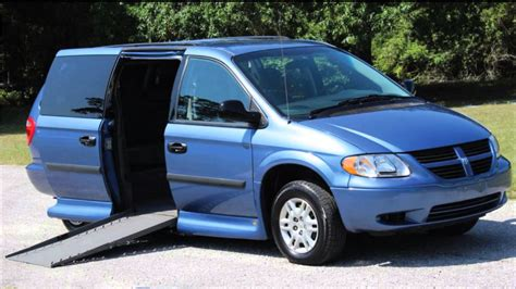 how cars engines work 2007 dodge caravan navigation system handicap wheelchair r van vipautogroupinc 2007 chrysler town country blue 44k youtube