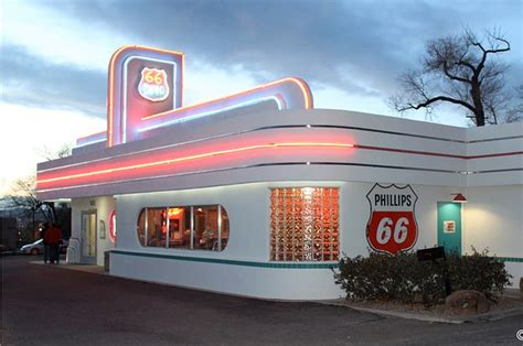 retro dinner 22 retro diners that are definitely worth a road trip