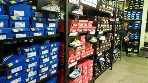 adidas outlet jakarta adidas factory outlet melbourne