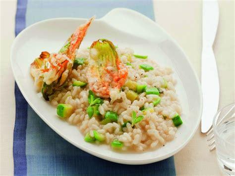 risotto con fiori di zucca ricetta risotto con fiori di zucca fritti donna moderna