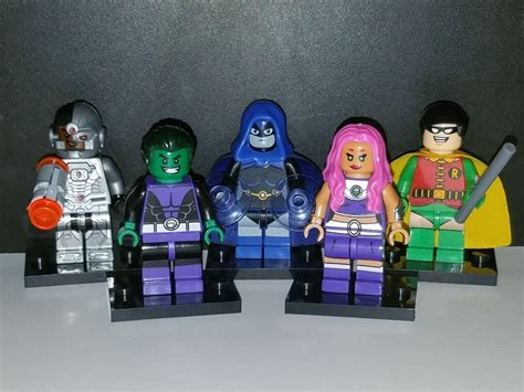 go set of 5 dc minifigures robin beast boy cyborg