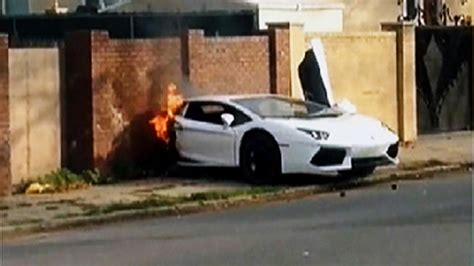 lamborghini aventador split in half lamborghini aventador ripped in half no car no