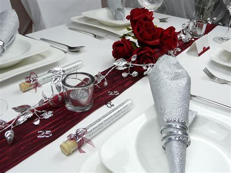 Hochzeitstag Tischdeko by Mustertisch In Rot Zur Hochzeit Kommunion Oder Konfirmation