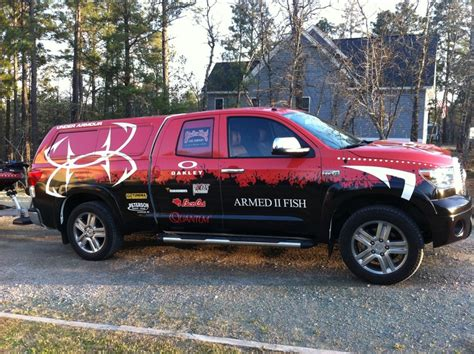 bass cat boat wrap new wrap is complete in basscat boats forum