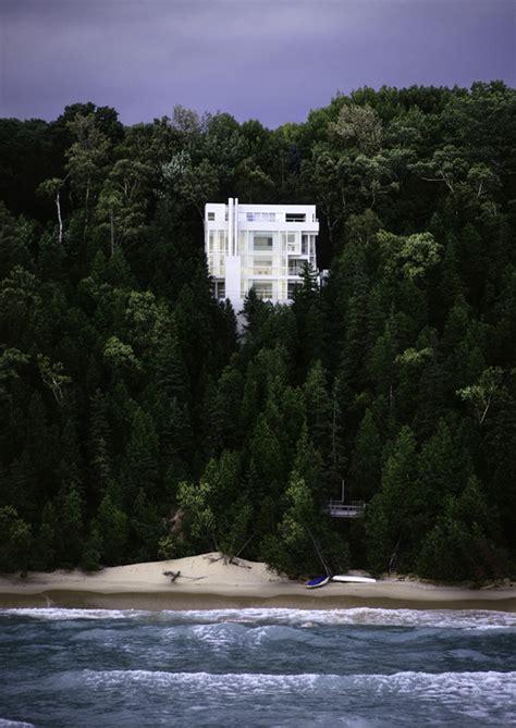 Richard Meier's Douglas House Added to National Register