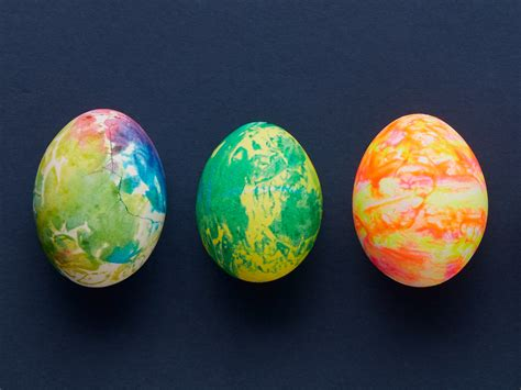 amazing easter eggs 20 fun easter egg decorating ideas video today s parent