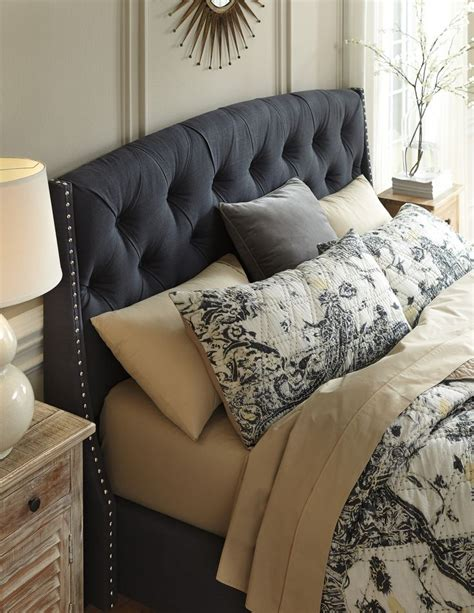 Upholstered Headboard Design by Best 25 King Size Upholstered Headboard Ideas On