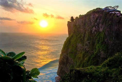cliff bali pura luhur uluwatu temple in bali thousand wonders