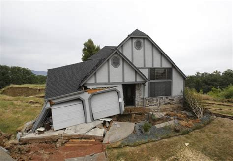 Sinking Troline Into The Ground houses in california are slowly sinking into the ground 183 thejournal ie