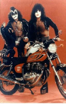 Motorrad Kuss by Ride The Machine January 2009