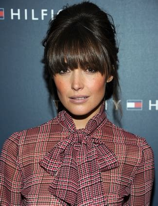 oval face full fringe the best bangs for your face shape daily makeover