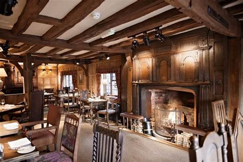 pubs with rooms stratford upon avon the white swan hotel pub b b in warwickshire stay in a pub