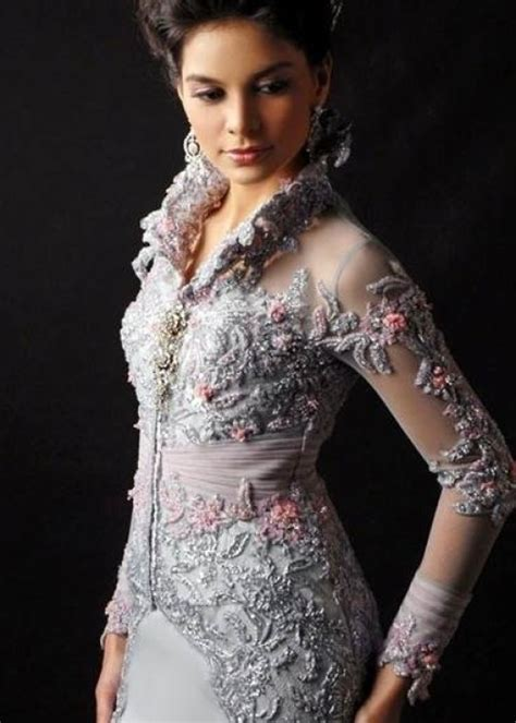 cj wedding dress jakarta kebaya semi kebaya modern trend alert beauty of indonesian kebaya 187 celebrity