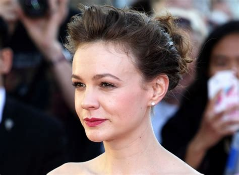 carey mulligan hairstyles in 2018 carey mulligan hairstyles and fashion trends