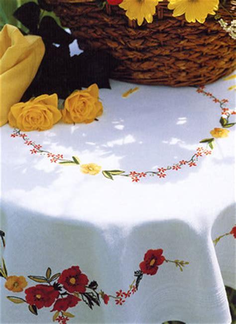 punto croce tovaglie da tavola come realizzare una tovaglia da tavola arte ricamo