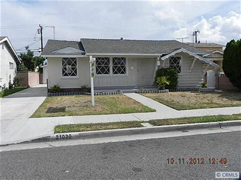 21022 hawaiian ave lakewood california 90715 foreclosed