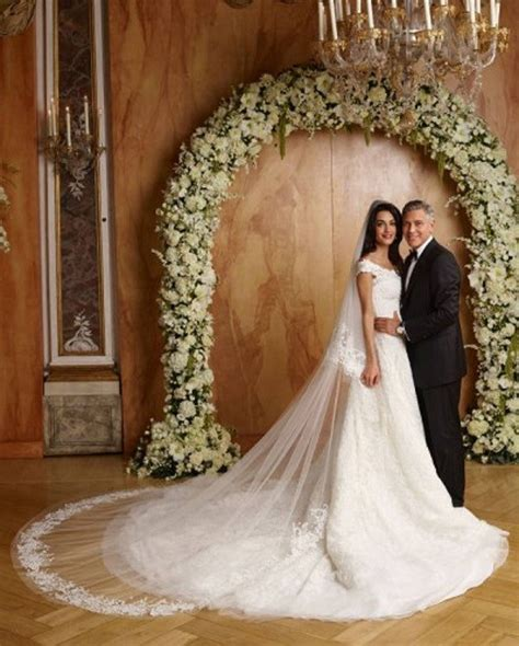 hochzeitskleid amal clooney star amal george clooney quot so thrilled quot to be expecting