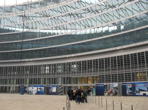 metro italia sede nuova sede regione atrio3 italia