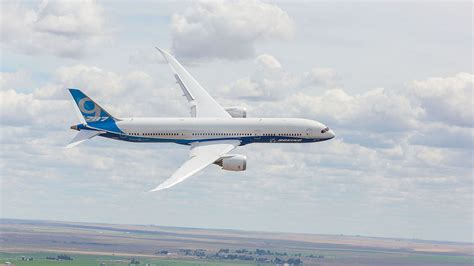 787 dreamliner airplane boeing commercial airplanes image gallery boeing 787 gallery