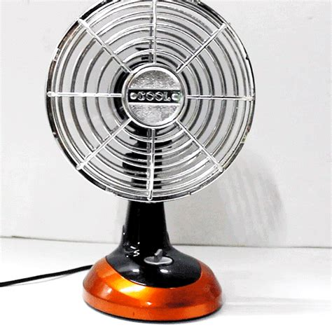 classic ultra usb battery oscillating mini desk fan
