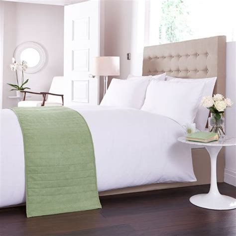 Bed Runners And Matching Pillows by Bed Runner In Green Runners Throws Bedding