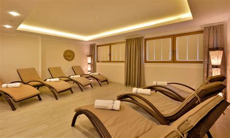 mayrhofen wellness skiurlaub im zillertal zillertal familienhotel hotel