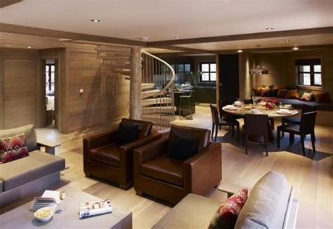 center parcs 4 bedroom woodland lodge luxury treehouses now available to book center parcs