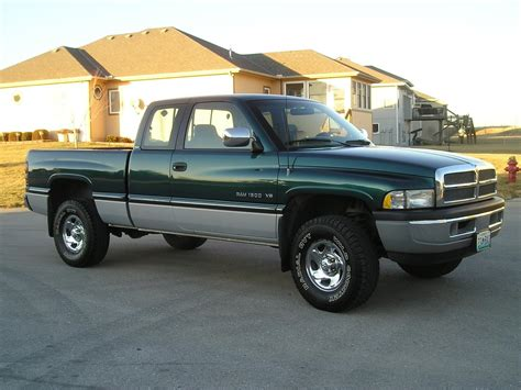 dodge ram 1500 trucks 1994 dodge ram 1500 information and photos
