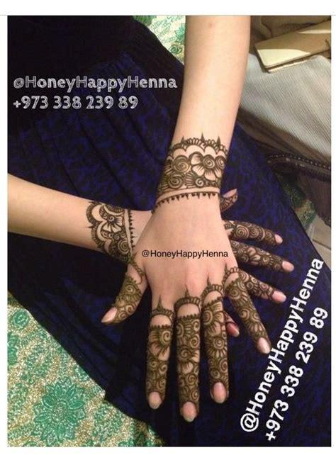 tattoo maker in bahrain lovely design on the fingers mehendi pinterest