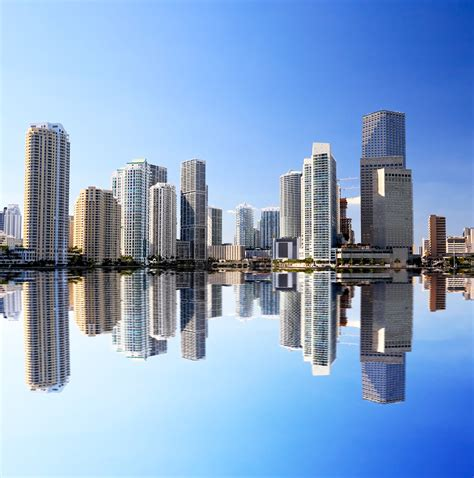 Of Miami Mba Real Estate by Miami Real Estate Continues To Thrive Home Prices