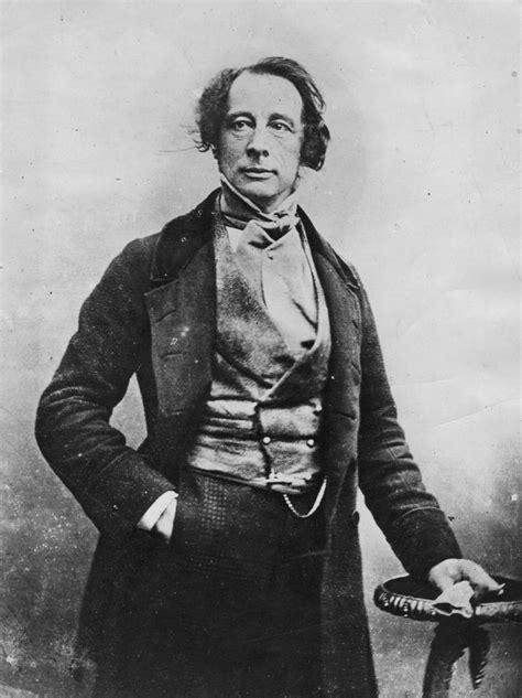 Novelist Charles Dickens Biography | biography of victorian novelist charles dickens