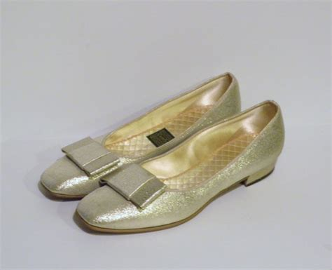 gold house slippers gold house shoes 28 images vintage gold lame silver wedge house slippers lounge