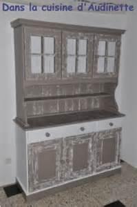 comment relooker un vieux meuble de cuisine en pin
