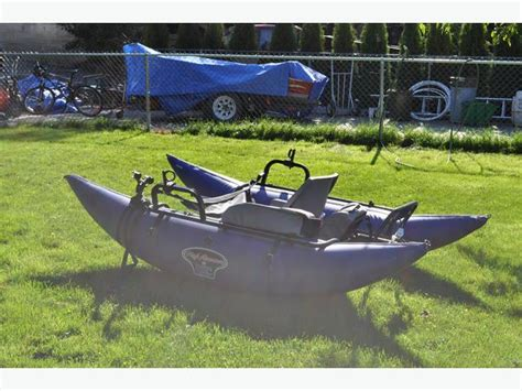 bucks bags colt pontoon boat bucks bags pontoon pictures to pin on pinterest pinsdaddy