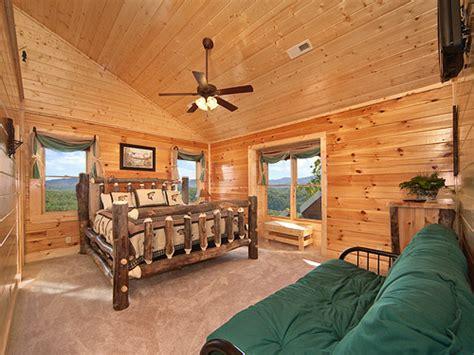 12 bedroom cabins in gatlinburg pigeon forge cabin legacy lodge 12 bedroom sleeps 58