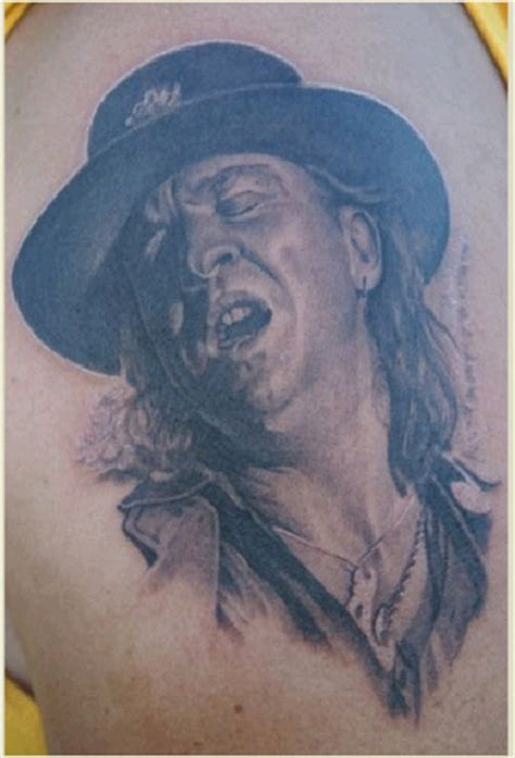 stevie ray vaughan tattoo stevie vaughan tatoo of stevie vaughan