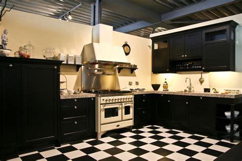 Hacker Kitchen Bristol Showroomkorting Nl De Voordeligste Woonwinkel