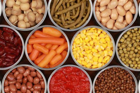 alimenti in scatola cibi si conservano pi 249 a lungo edo