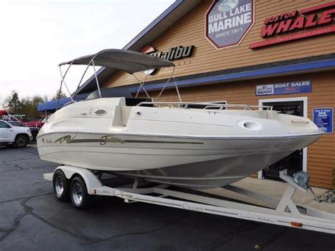 1999 mariah deck boat jubilee deck boat mariah boats for sale boats