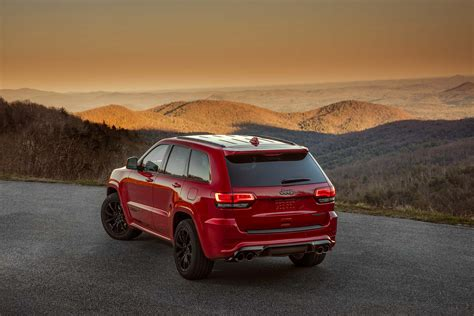 jeep grand cherokee 2018 2018 jeep grand cherokee trackhawk pricing announced