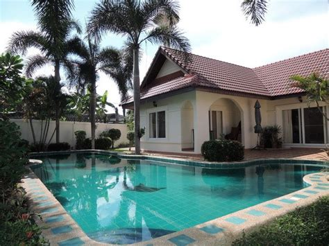 houses for rent with pool house for rent east pattaya house east pattaya five star villas and condos the leaders in