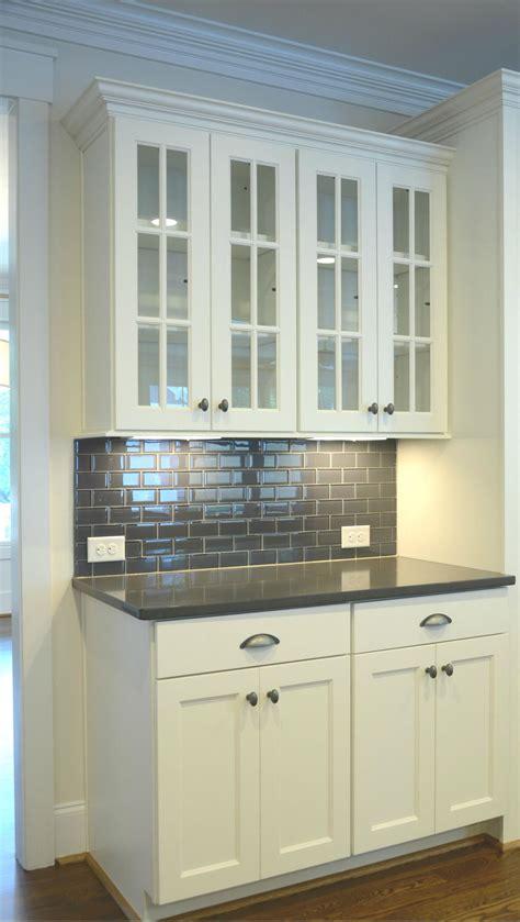 grey quartz countertops white cabinets white cabinets with grey quartz countertops i want this