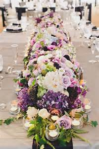 fresh floral table runners make the wedding