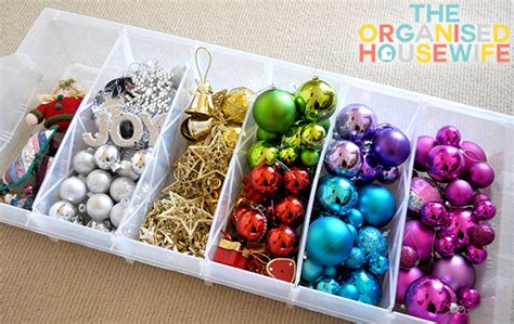 organising and storing christmas decorations the