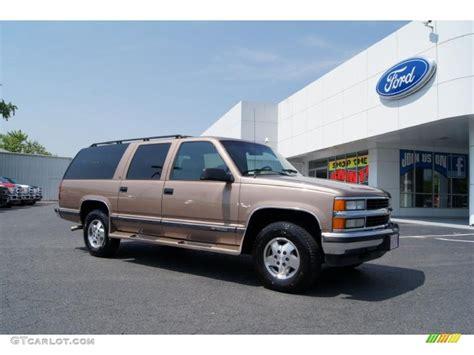 1995 suburban truck 1995 light autumnwood metallic chevrolet suburban k1500 lt 4x4 49694984 gtcarlot com car
