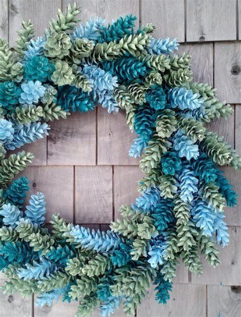 77 diy christmas decorating ideas spray painting sprays best 25 homemade wreaths ideas on pinterest homemade