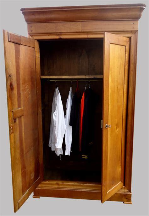 housse pour armoire penderie housse pour armoire penderie armoires de cuisine armoires de cuisines