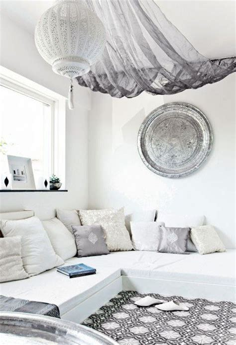 white moroccan bedroom 49 ways to bring moroccan flavor to your interiors digsdigs