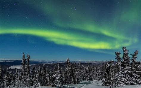 northern lights alaska of year the best places to see the northern lights in january