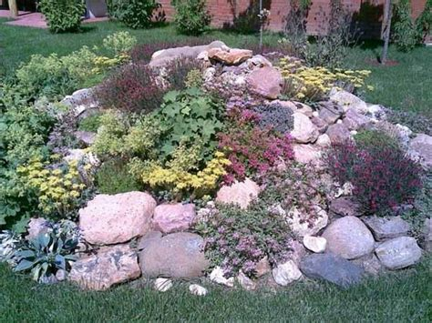 Simple Rock Garden Simple Rock Garden Photos